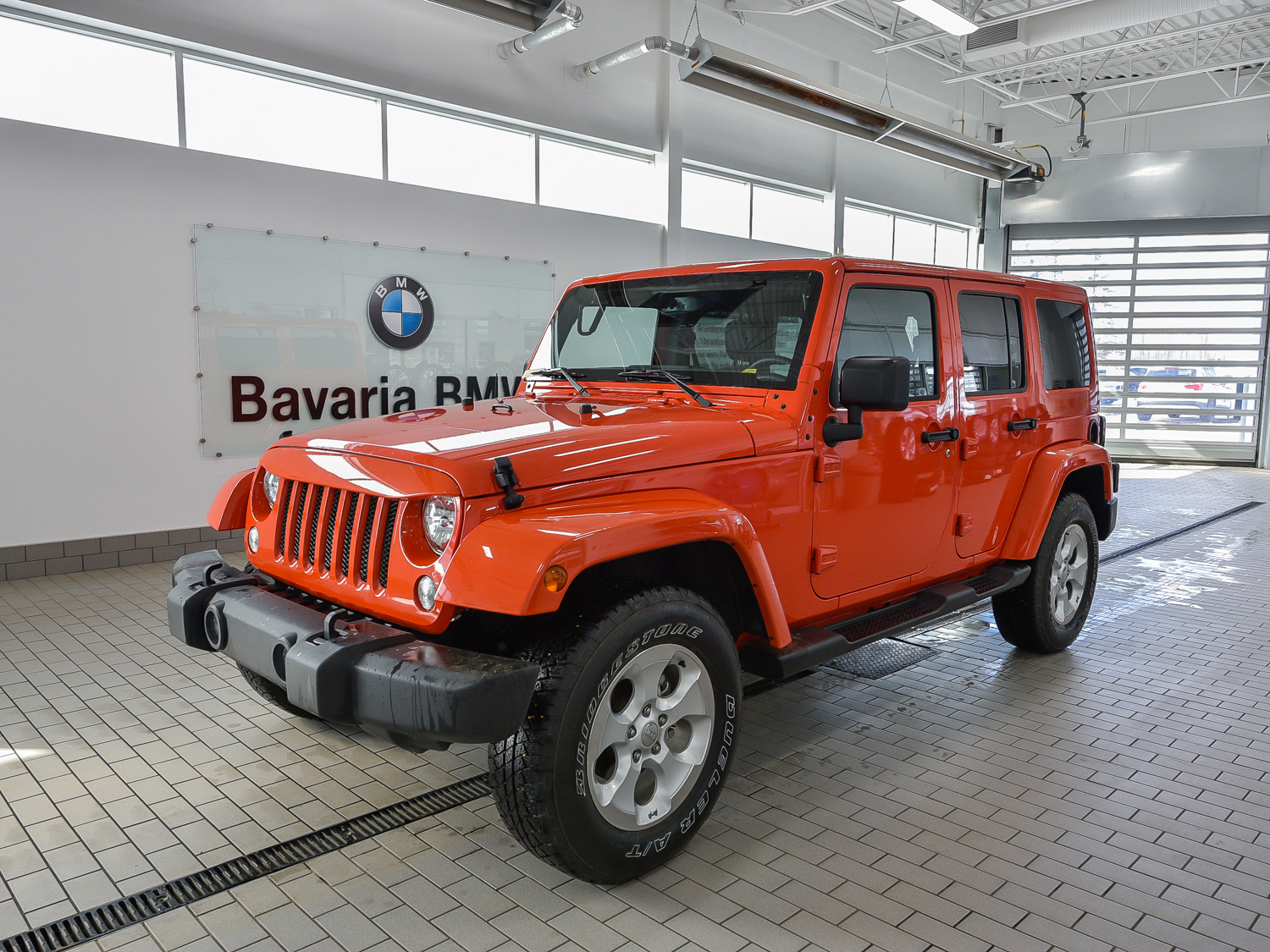driving palm jeep one about what the learned unlimited front view trees next sport gallery photos quarter wrangler by autos white i