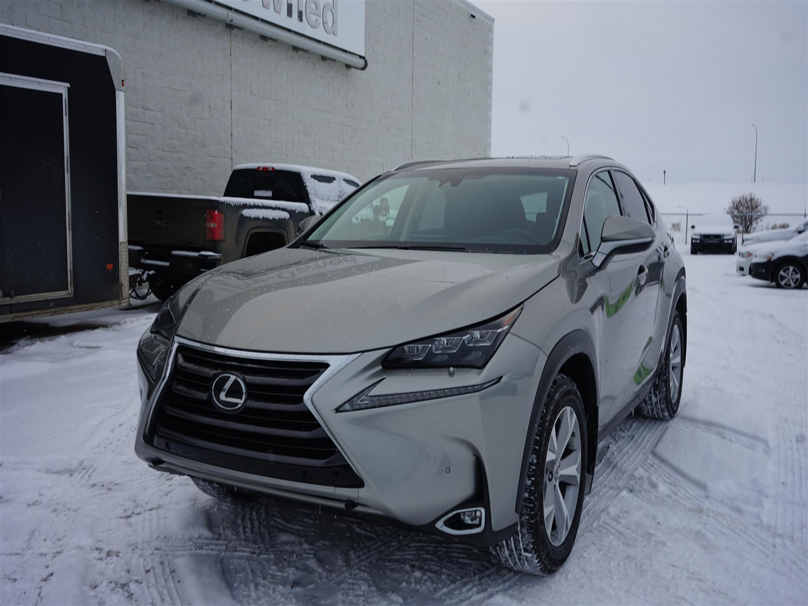 Pre-Owned 2015 Lexus NX 200t 6A