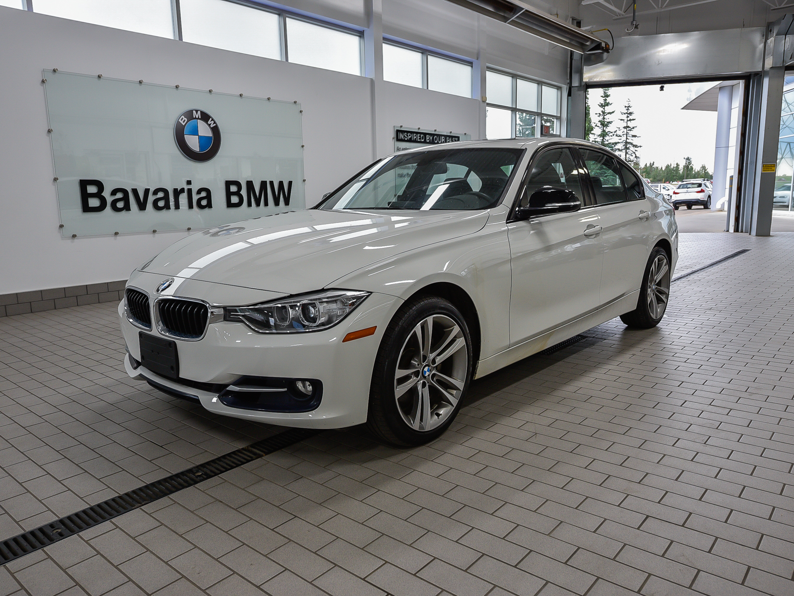 Pre-Owned 2014 BMW 328i xDrive Sedan Sport Line
