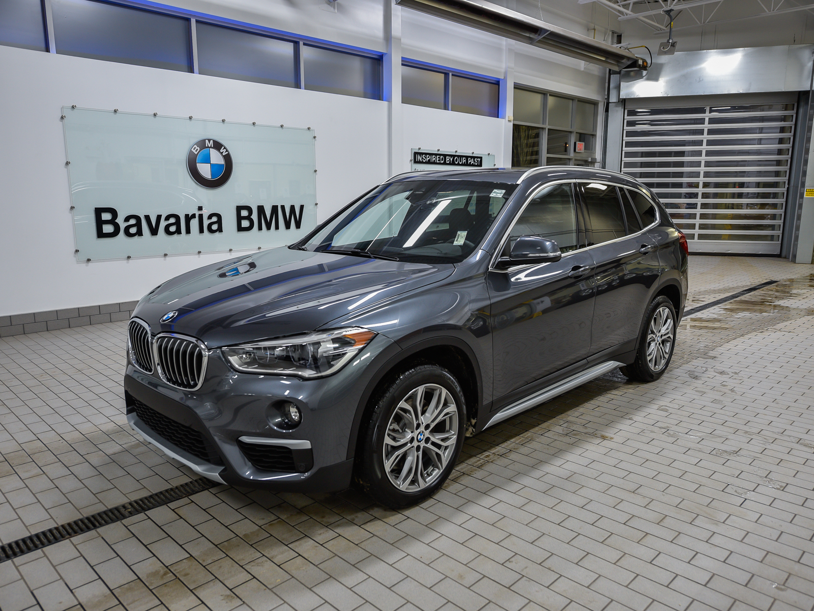 new 2019 bmw x1 xdrive28i crossover in edmonton 19x16263. Black Bedroom Furniture Sets. Home Design Ideas