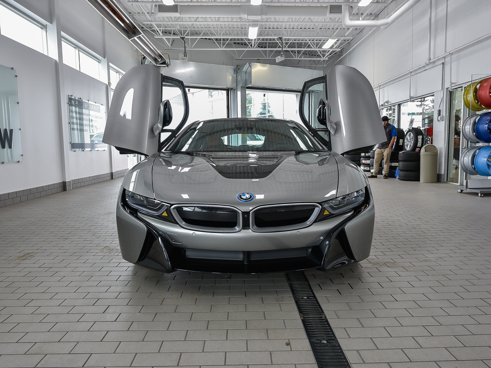 New 2019 BMW i8 Coupe Coupe in Edmonton 19I